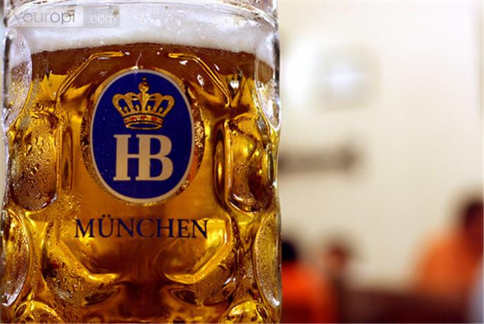 hofbraeuhaus-uitgaan-muenchen-2(p-club,10832)(c-0)